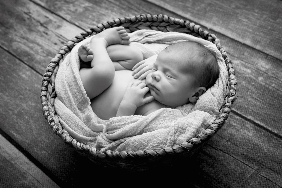 Georgia newborn photographer