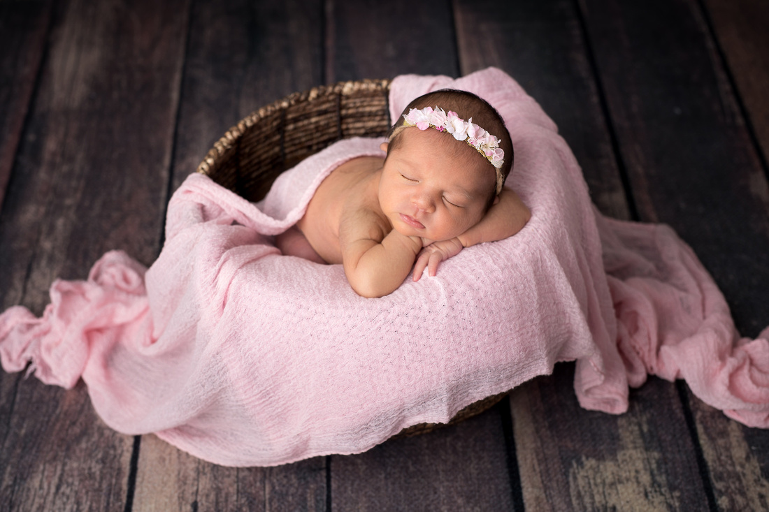 Macon newborn photographer